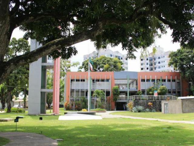 Bahiana, School of Medicine and Public Health, Salvador, Brazil